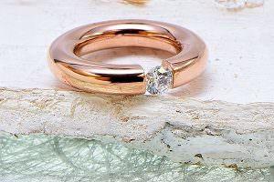Edelstahl Rosé Ring mit Zirkonia