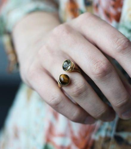 Melano Tulip Ring